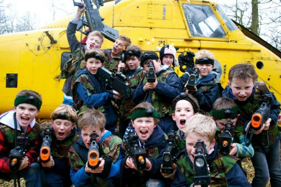 BOYS-HELICOPTER-580x386