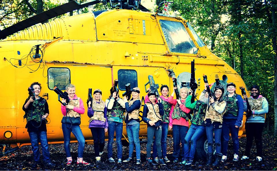 GIRLS-HELICPOTER2